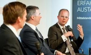 Dr. Andreas Turnsek, Marc. S. Tenbieg und Nico Lüdemann in der Diskussion